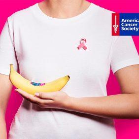 Chiquita sensibilise au cancer du sein avec une série d'autocollants roses pour la cinquième année