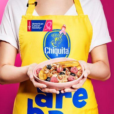 Banana split aux flocons d'avoine et aux amandes grillées par Chiquita